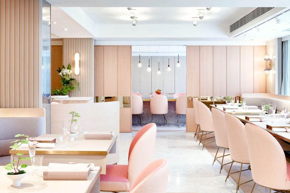 L'élégante salle à manger de Tate Dining Room & Bar, le restaurant gastronomique de la cheffe Vicky Lau © DR