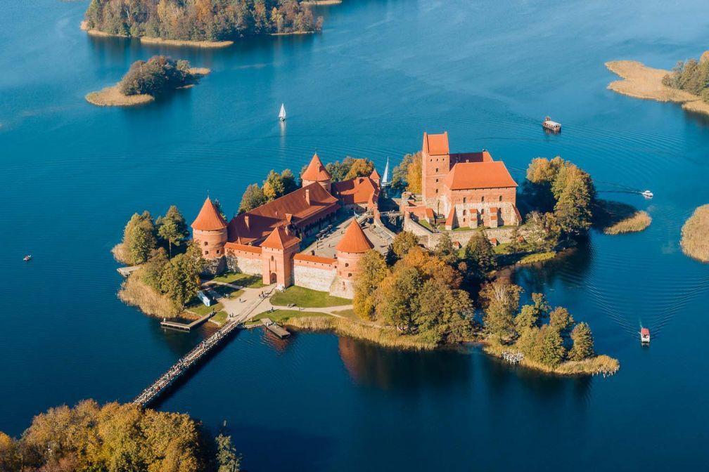La visite du château de Trakai, une excursion incontournable depuis Vilnius © ##Walkable Vilnius@@https://walkablevilnius.com/places/trakai-castle/