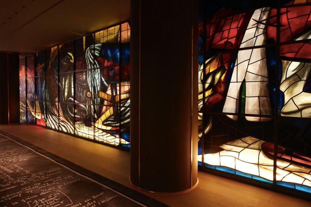 Un vitrail signé Ara Starck à admirer chez Saks à New York © DR