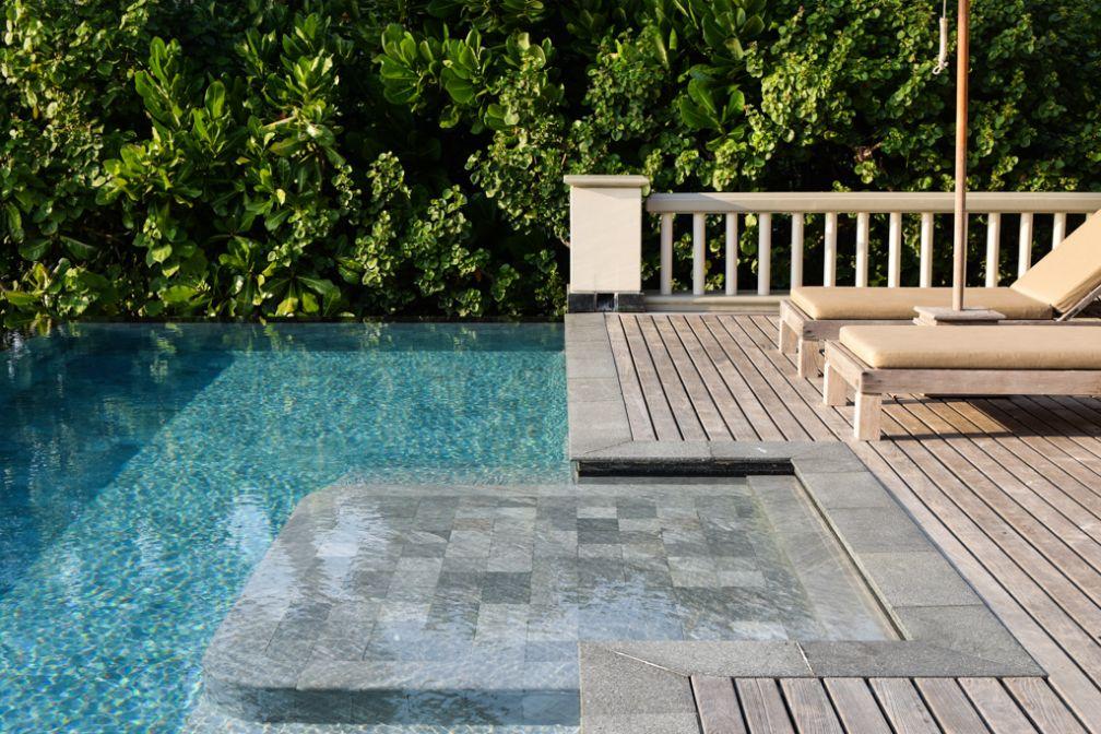 Chaque chambre, suite ou villa dispose d'une piscine infinity privative, comme ici dans une Ocean View Pool Villa | © Yonder.fr