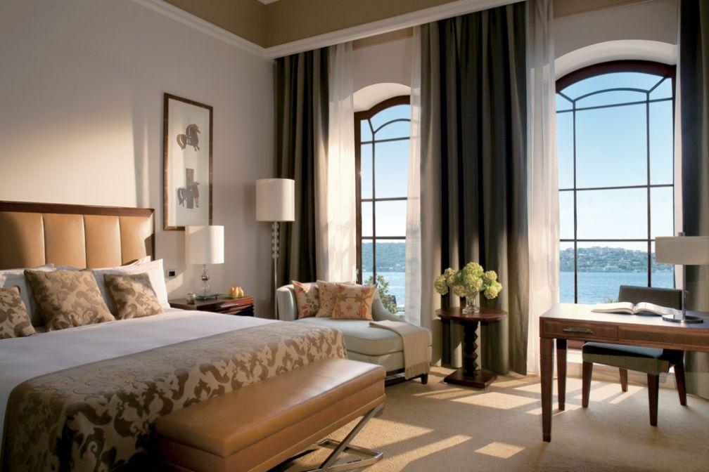 A l'intérieur d'une Palace Bosphorus Room, les chambres les plus prestigieuses de l'hôtel © Four Seasons Hotels & Resorts
