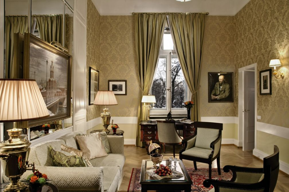 A l'intérieur de la Dostoevsky Suite | © Belmond