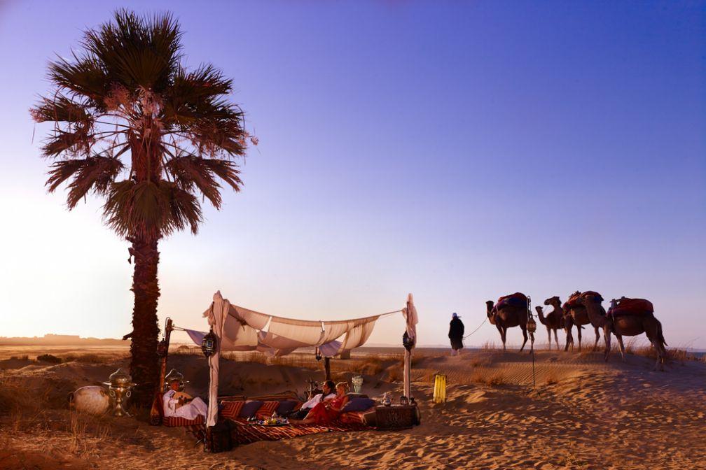 L'hôtel offre la possibilité d'organiser un dîner sur la plage | © The Residence Tunis