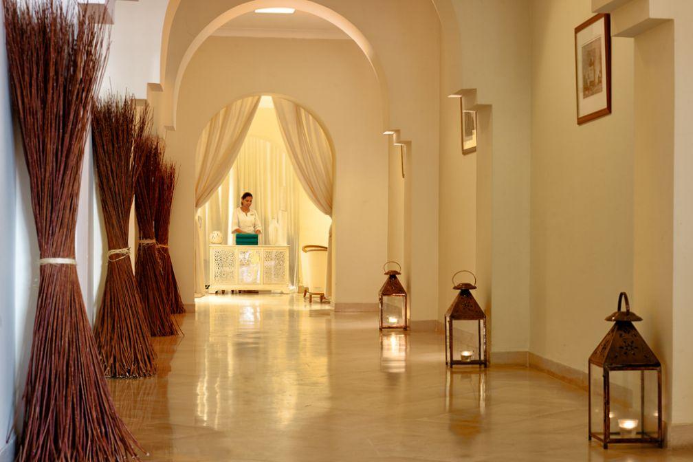En direction du spa | © The Residence Tunis