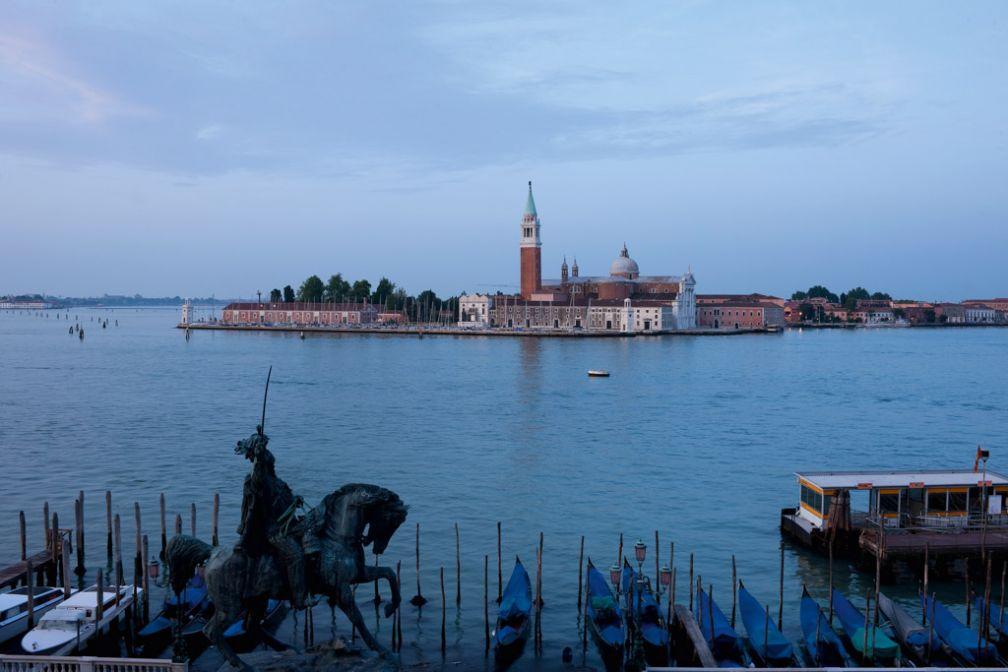 Vue depuis l'hôtel sur le Bassin Saint-Marc et l'île de San Giorgio Maggiore | © Londra Palace