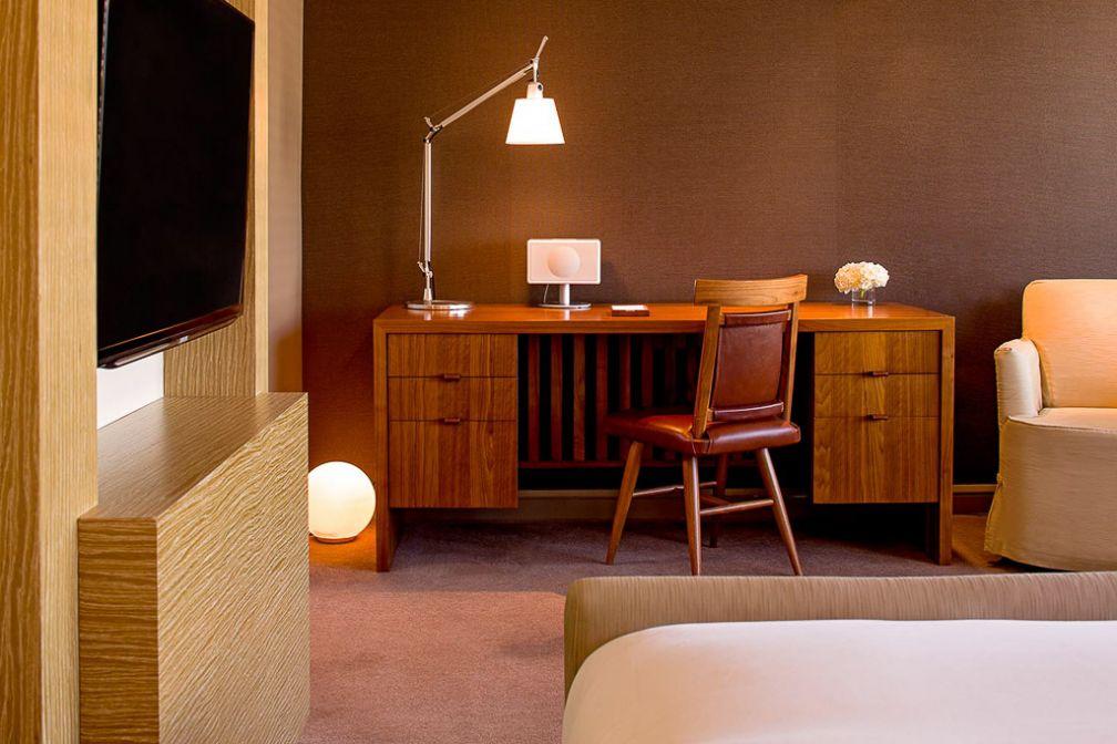Le style typique de l'hôtel signé Tony Chi, ici dans une chambre Park Deluxe King | © Park Hyatt Washington