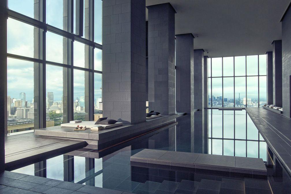 Spectaculaire et minimaliste piscine de 30 mètres   © Aman Resorts