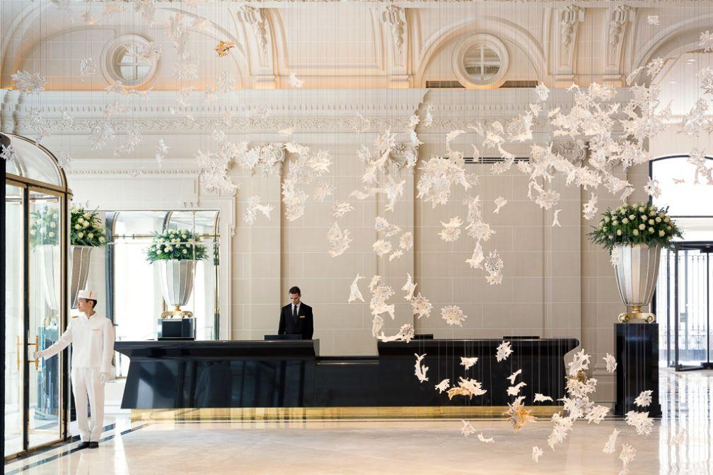 Le fastueux lobby du Peninsula Paris | © The Peninsula Hotels