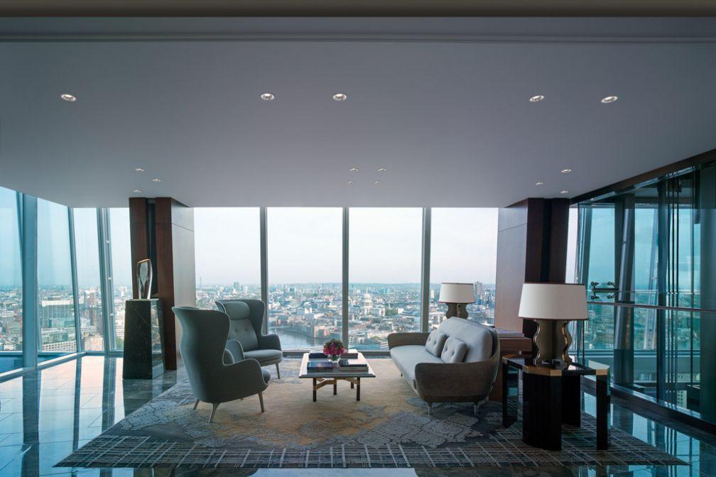 Sky Lobby | © 2014 Shangri-La International Hotel Management Ltd.