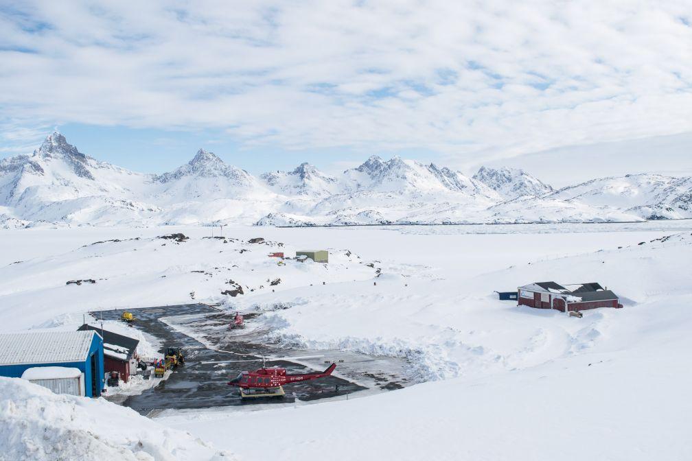 L'héliport de Tasiilaq, où arrivent tous les voyageurs en hiver.