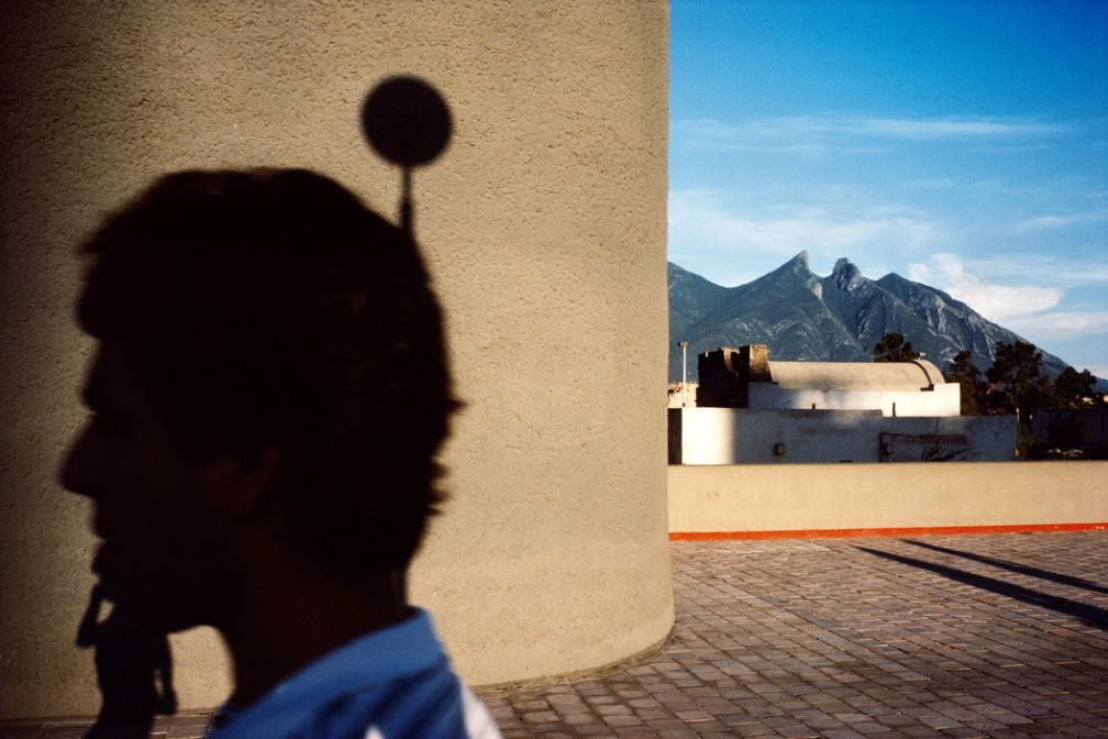 Monterrey. 1985. © Alex Webb / Magnum Photos