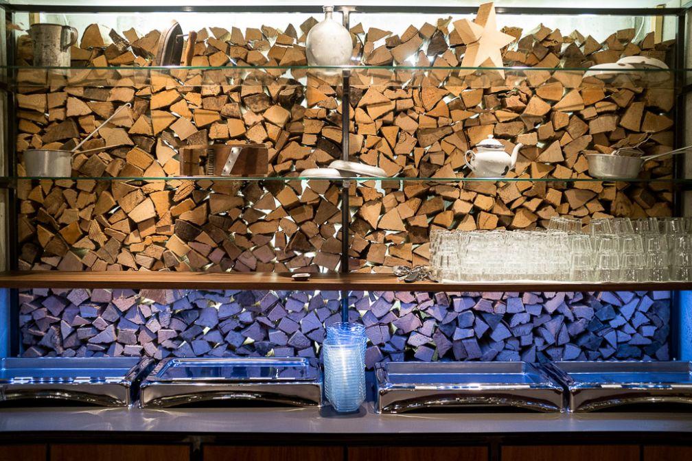 Détail de la décoration dans la salle du petit-déjeuner. © Yonder.fr