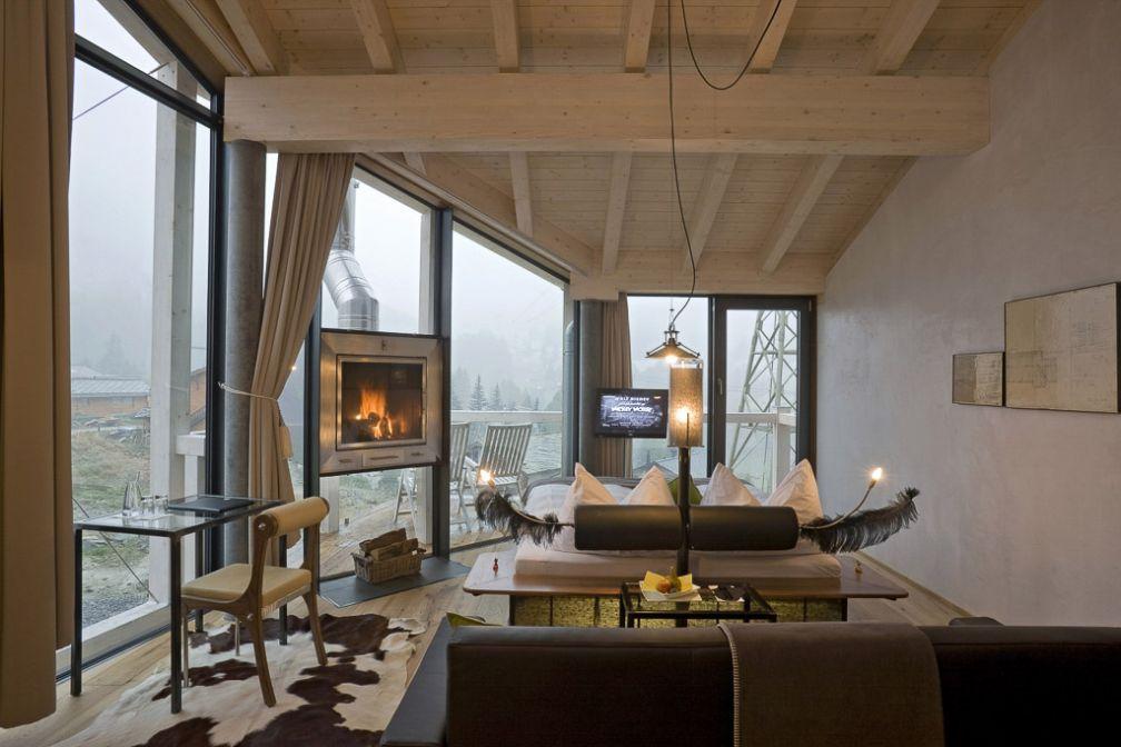 Chambre Deluxe (401) du Matterhorn Focus Design Hotel.  © Matterhorn Focus