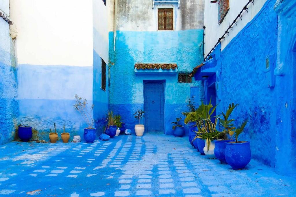 Tétouan, Chefchaouen et Tanger, trois villes saisissantes dans le Rif Marocain; se distinguent par des modes de vie très différents, exprimant autant de facettes de la culture marocaine. Découvrez ces destinations et leurs bonnes adresses repérées lors de notre récent passage dans la région.