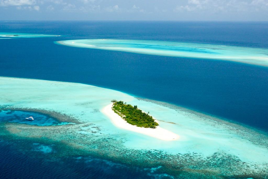 Non content d'opérer deux resorts parmi les plus beaux de l'archipel, Four Seasons poursuit son expansion aux Maldives en dévoilant Voavah Island, une oasis de deux hectares entièrement réservée à un groupe de 22 personnes. Le luxe à son paroxysme.