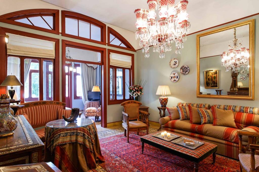 Au cœur de l'un des quartiers les plus agréables de Beyrouth, l'Albergo, établissement intimiste membre des Relais & Châteaux, est sans aucun doute le plus bel hôtel de charme de la capitale libanaise. Visite guidée.