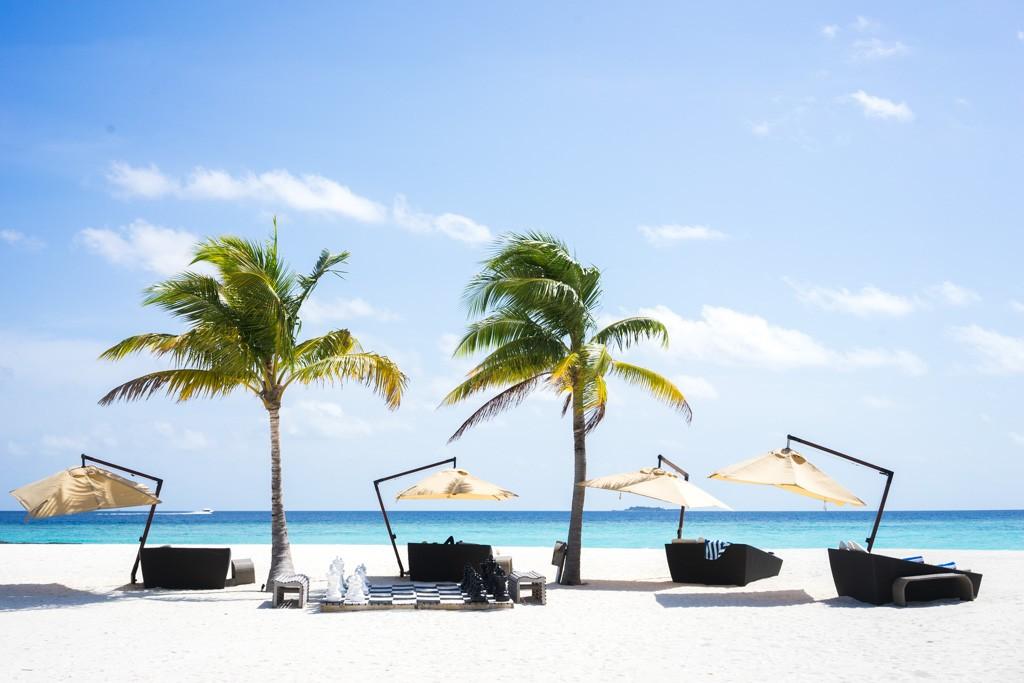 Le Constance Halaveli, joyau du groupe mauricien Constance aux Maldives, se définit comme une île luxueuse, à l'abri des regards. Découverte d'un hôtel idyllique, sans nul doute l'un des plus beaux de l'Océan Indien.