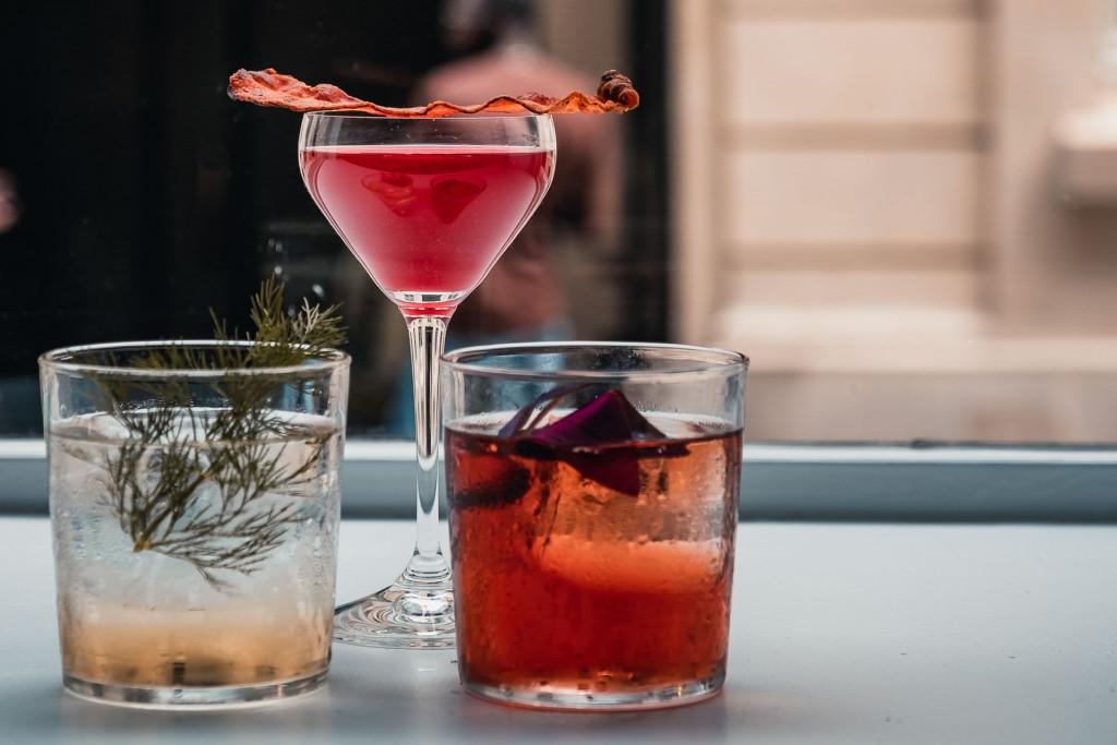 De Paris à Marseille, de Bordeaux à la Côte d'Azur, de Lyon à Montpellier, tour de France de 10 lieux où déguster la vodka Belvedere et prolonger la fin de l'été.