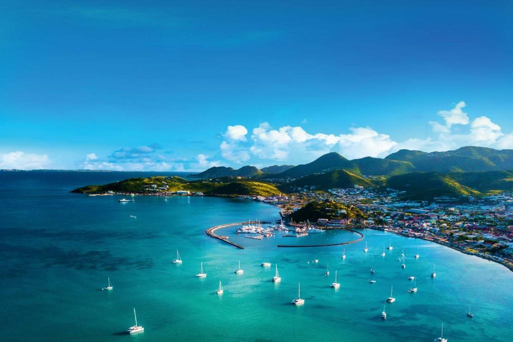 Que faire à Saint-Martin ? Que voir sur cette île des Caraïbes à l'âme bien trempée ? La réponse avec un itinéraire de 7 jours, loin des circuits habituels, pour lever le voile sur cette jolie destination tropicale.