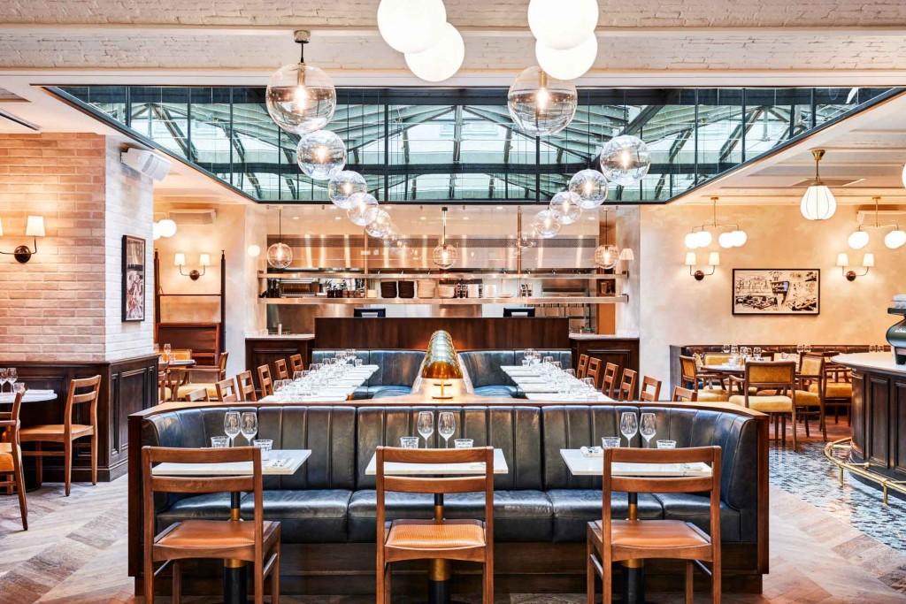 C'est la rentrée à Paris ! On en profite pour faire le point sur les 10 restaurants incontournables du moment, avec une sélection ultra complète des meilleures tables ayant ouvert leurs portes ces dernières semaines. À découvrir ici de toute urgence !