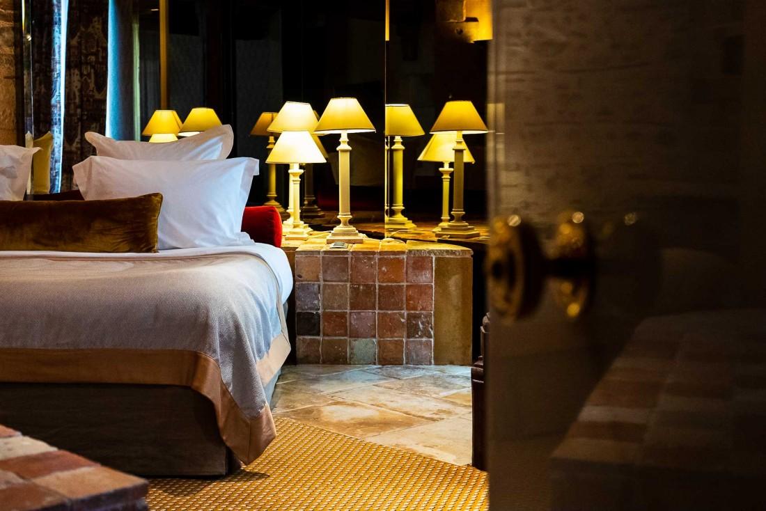 Chambre au Grand Hôtel du Lion d'Or à Romorantin en Sologne © Marco Strullu