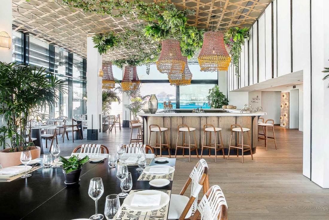 Le restaurant GRAND by Interni, juché sur le rooftop du Grand Hyatt © Margarita Nikitaki
