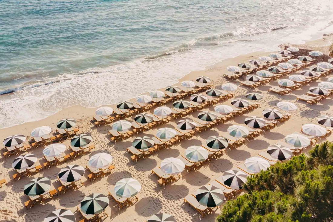 Le Beach Club de Lily of the Valley, inauguré à l'été 2021 © DR