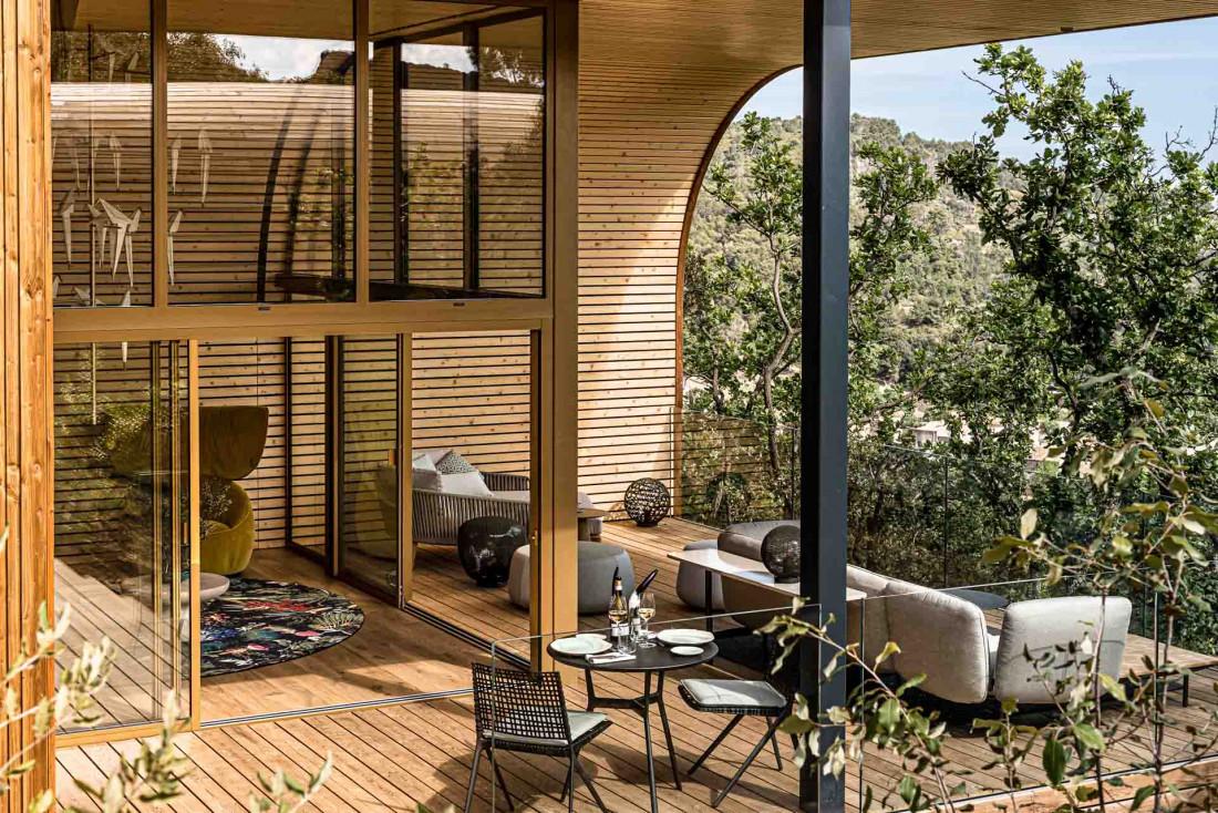 Souki Lodges & Spa | Une terrasse aussi grande que les intérieurs au Souki Lodges & Spa © MR. TRIPPER