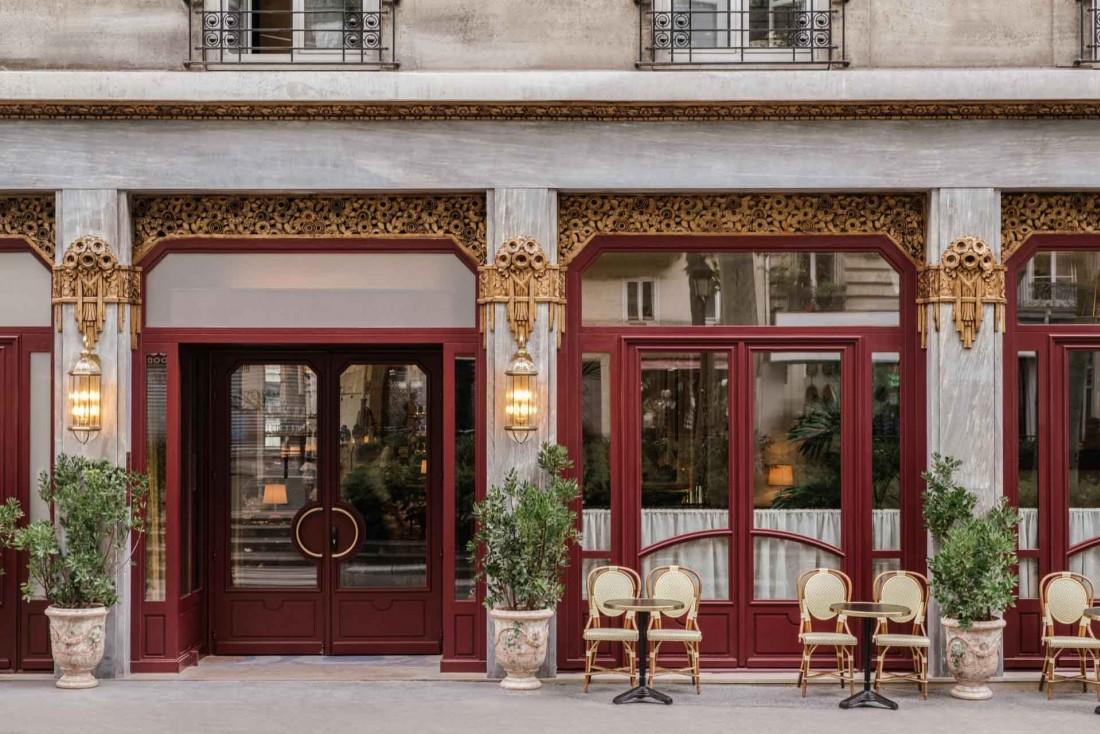 La façade Art déco remise à neuf de la brasserie de l'Hôtel Rochechouart © Ludovic Balay