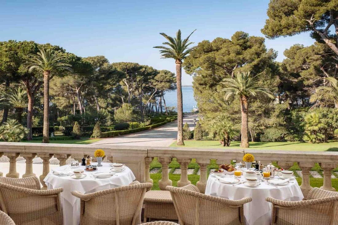 Petit-déjeuner à l'Hôtel du Cap-Eden-Roc, au Cap d'Antibes © J.M. Sordello