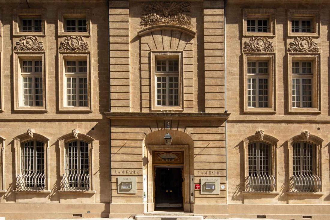 La Mirande, l'un des plus beaux hôtels d'Avignon © Christophe Bielsa