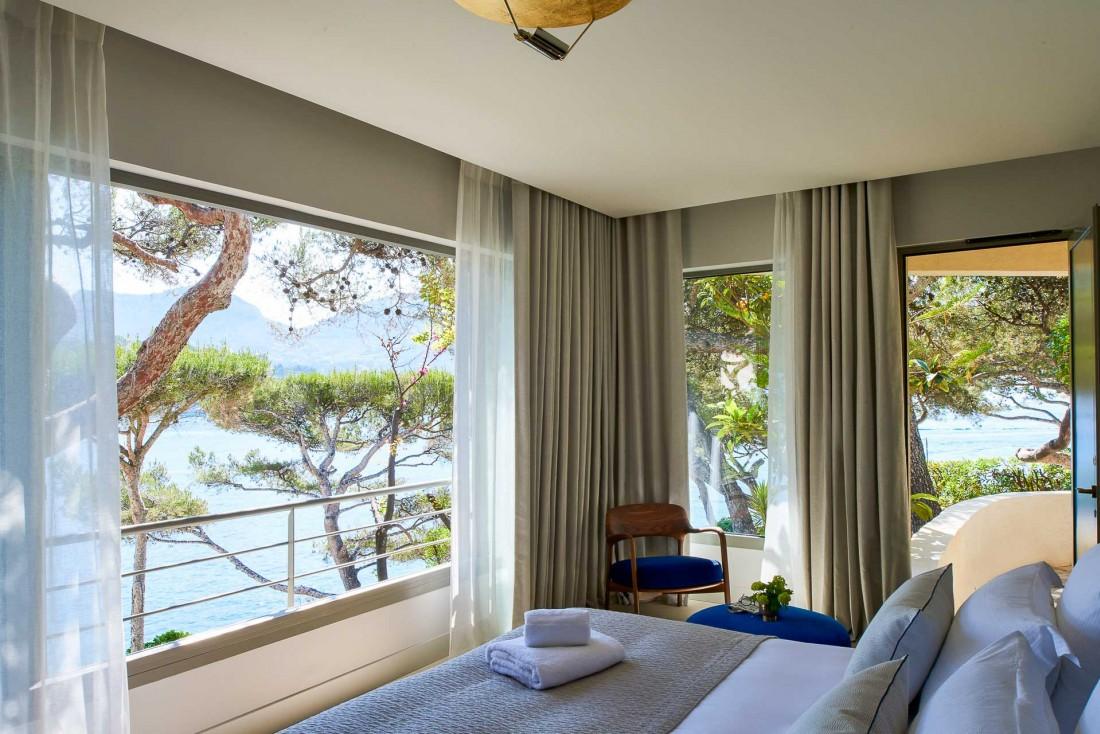 Chambre avec vue aux Roches Blanches, le seul hôtel 5-étoiles de Cassis © D. Delmas