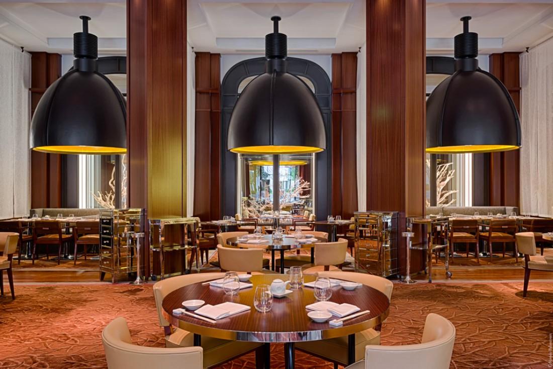La salle à manger du Royal Monceau a été redécorée à l'occasion de l'arrivée de Nobu en son sein © Romeo Balancourt