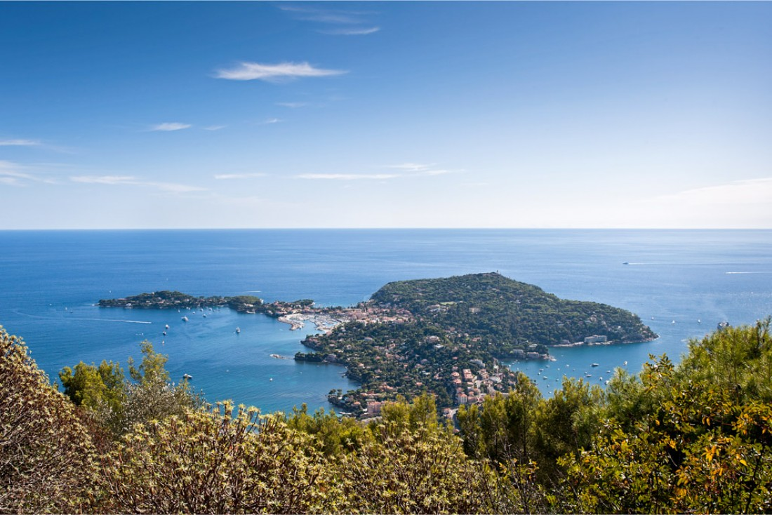 La presqu'île du Cap-Ferrat vue depuis les hauteurs de Nice © OT Saint-Jean-Cap-Ferrat