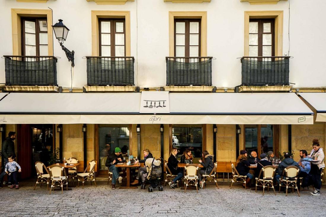 Atari Gastroteka, l'une des meilleures adresses de San Sebastián pour goûter des pintxos modernes et créatives © YONDER.fr