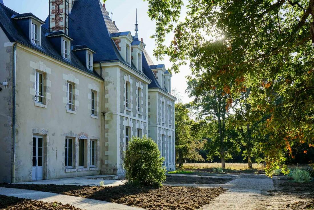 Les Sources de Cheverny : l'hôtel s'est construit autour de l'historique Château du Breuil © MB   YONDER.fr