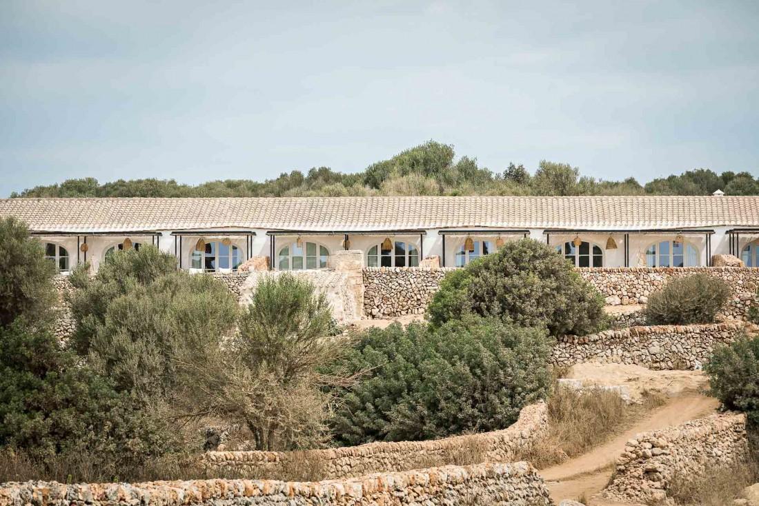 Les anciennes granges de Torre Vella ont été transformées en chambres et suites © Yann Deret