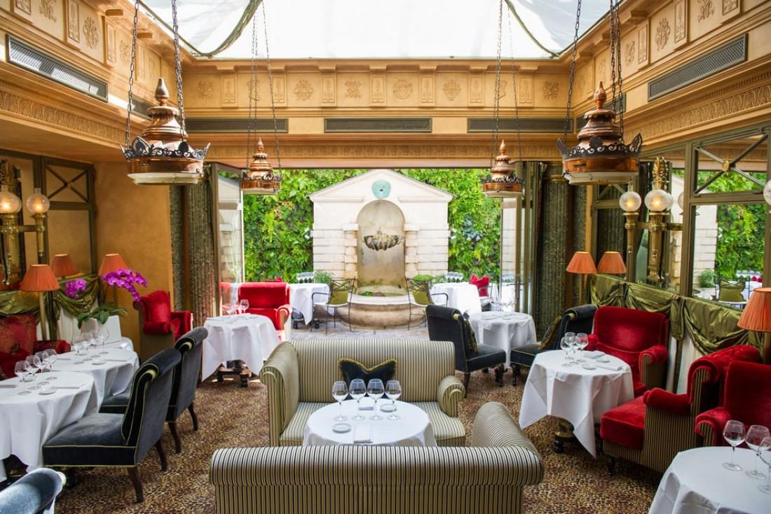 Au Restaurant, le décor intimiste et baroque est signé Jacques Garcia © L'Hôtel