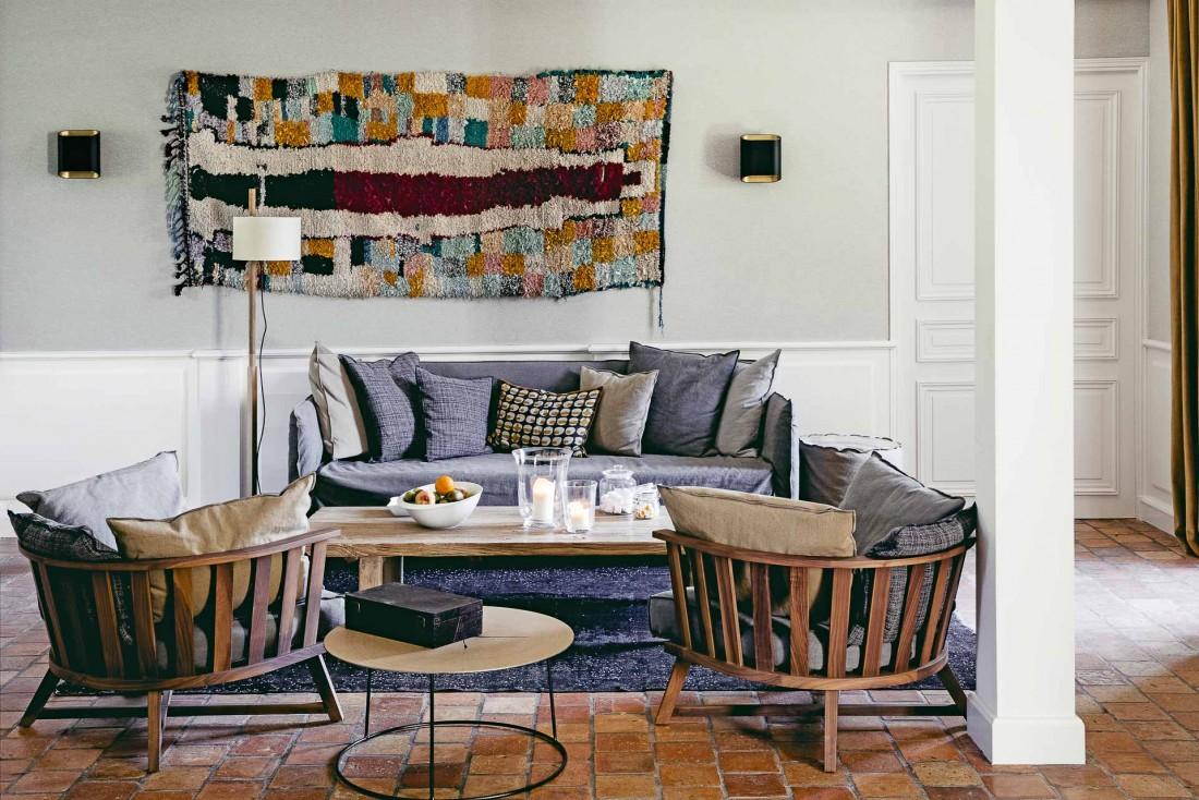 Les Maisons de Campagne dévoilent une décoration soignée, inspirée par les codes design contemporains © Karel Balas