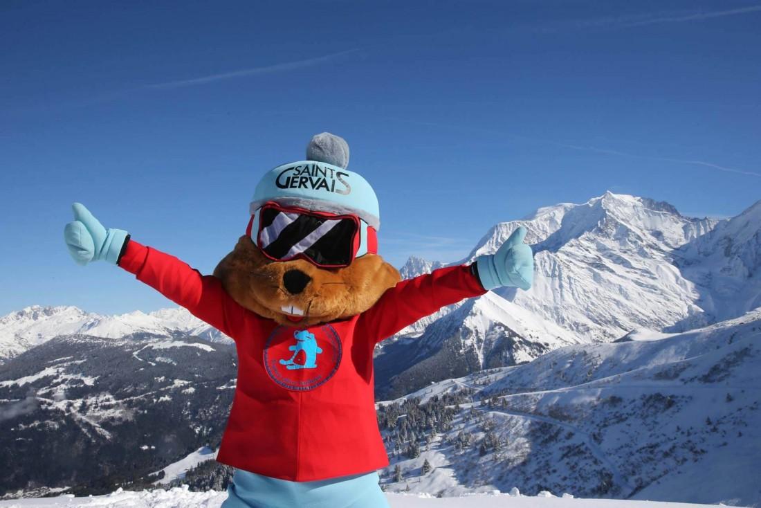 Charlotte la Marmotte, la mascotte de Saint-Gervais Mont-Blanc, adulée des enfants ! © Pascal Deloche