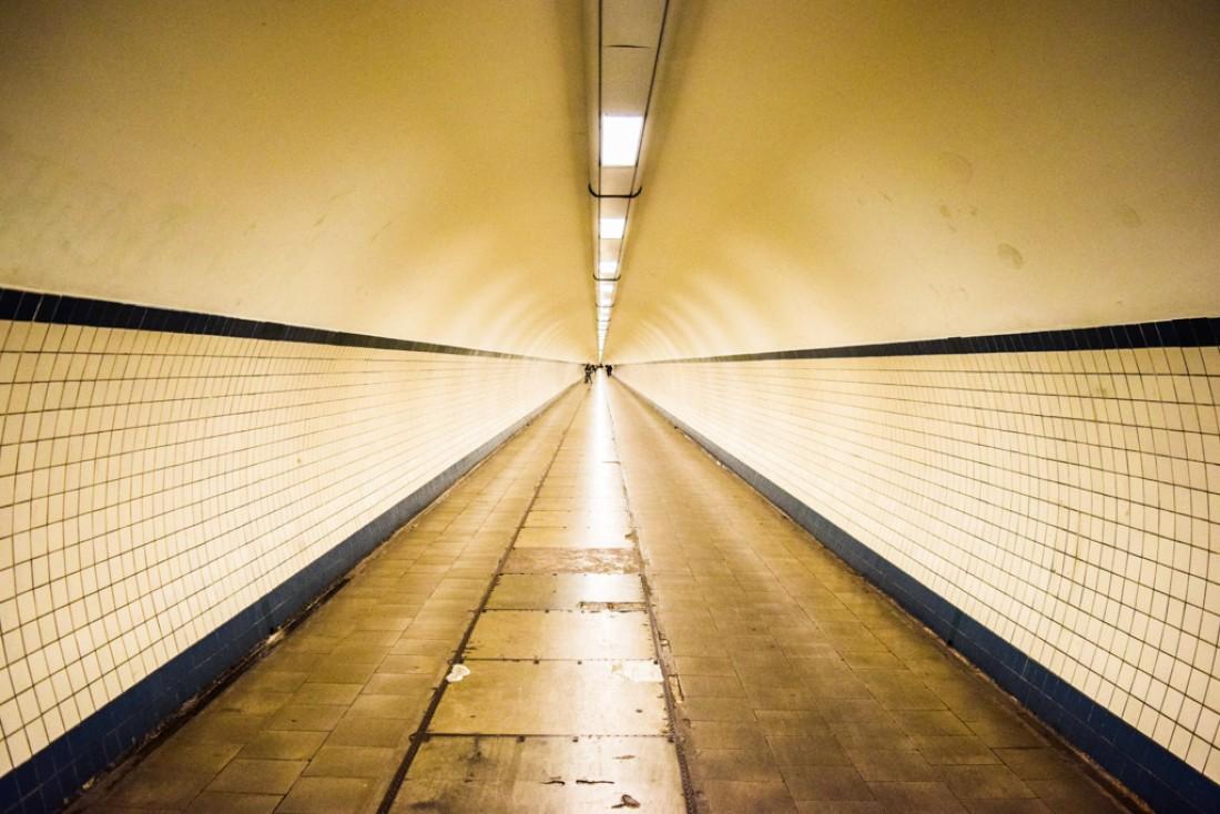 Le tunnel Sainte-Anne, l'une des curiosités de la ville © Yonder.fr