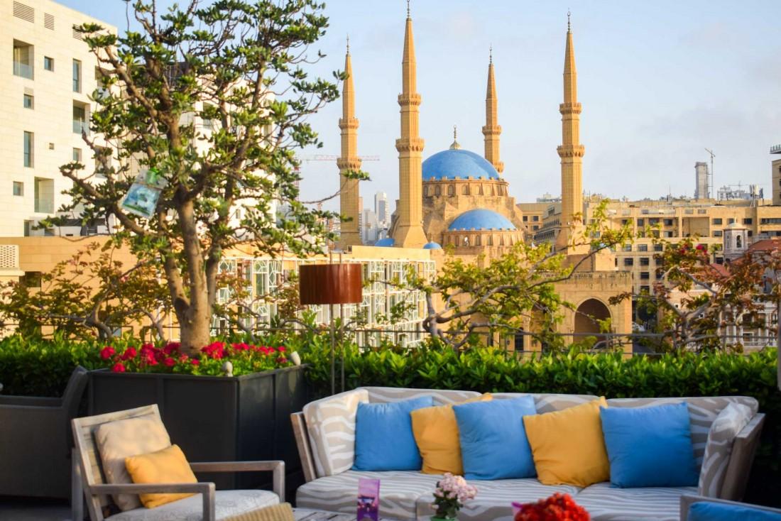Sur le rooftop du très luxueux hôtel Le Gray, en plein centre © YONDER.fr