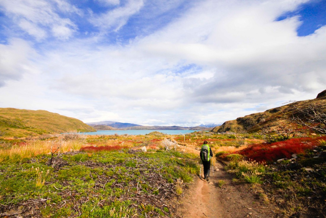 En route vers le refuge Paine Grande et le Lago Pehoé   © Cédric Aubert