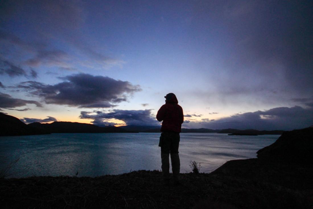 Lever de soleil sur Lago Pehoé   © Cédric Aubert
