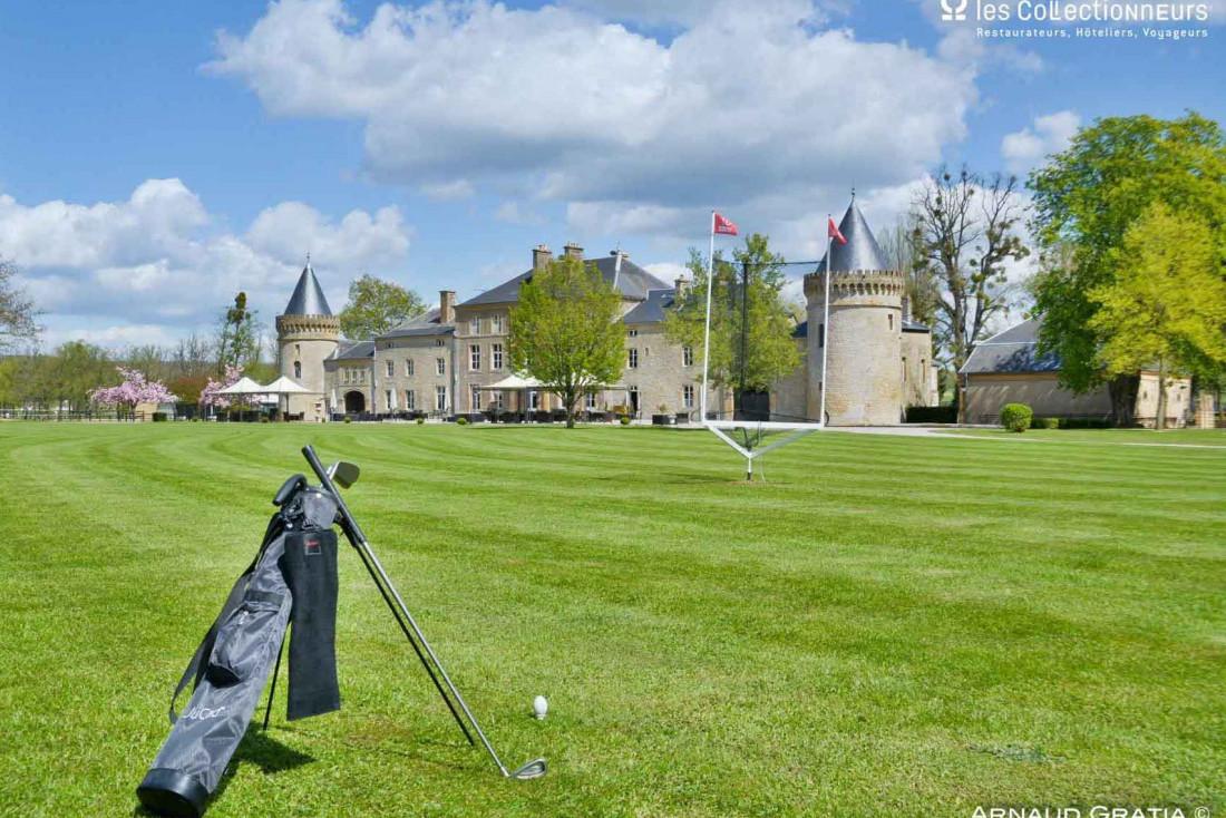 Un tour sur le green au Château du Faucon © les Collectionneurs