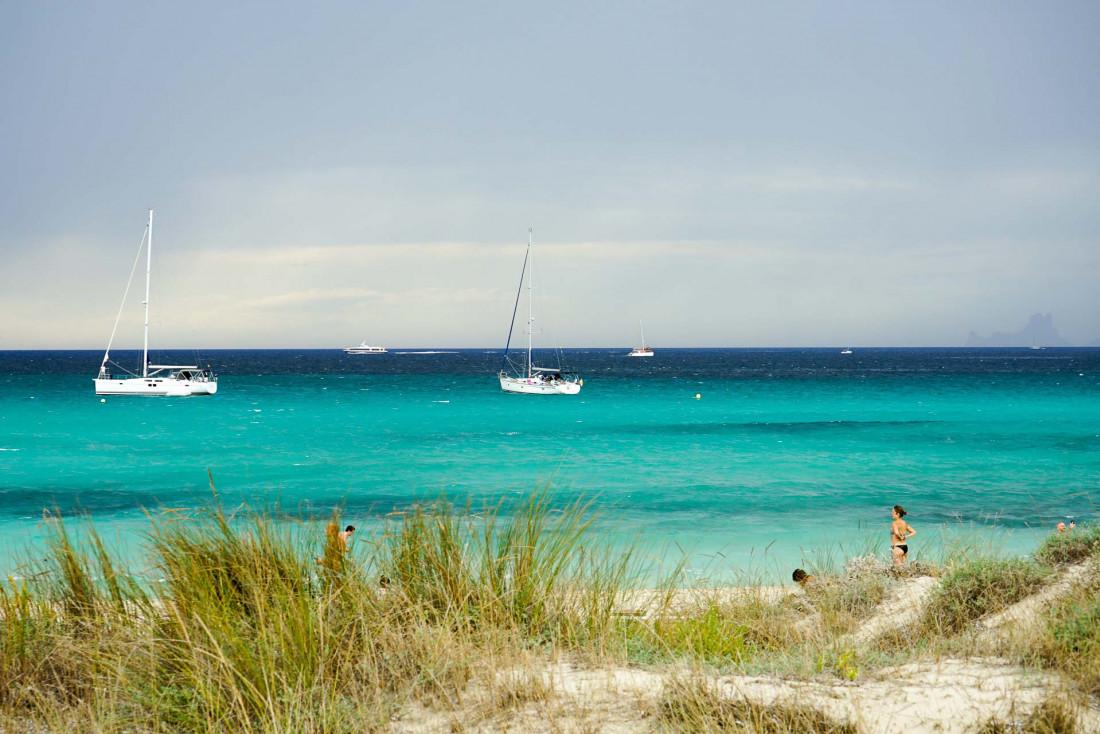 Sur les plages de Formentera, les couleurs donnent à l'île un petit air de Caraïbes © MB   YONDER.fr