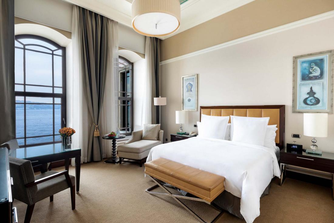À l'intérieur d'une Palace Bosphorus Room, les chambres les plus prestigieuses de l'hôtel © Four Seasons Hotels & Resorts