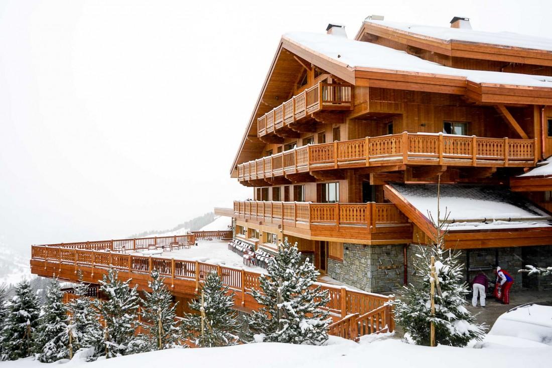 Le Coucou et sa terrasse, un jour de neige © MB / YONDER.fr