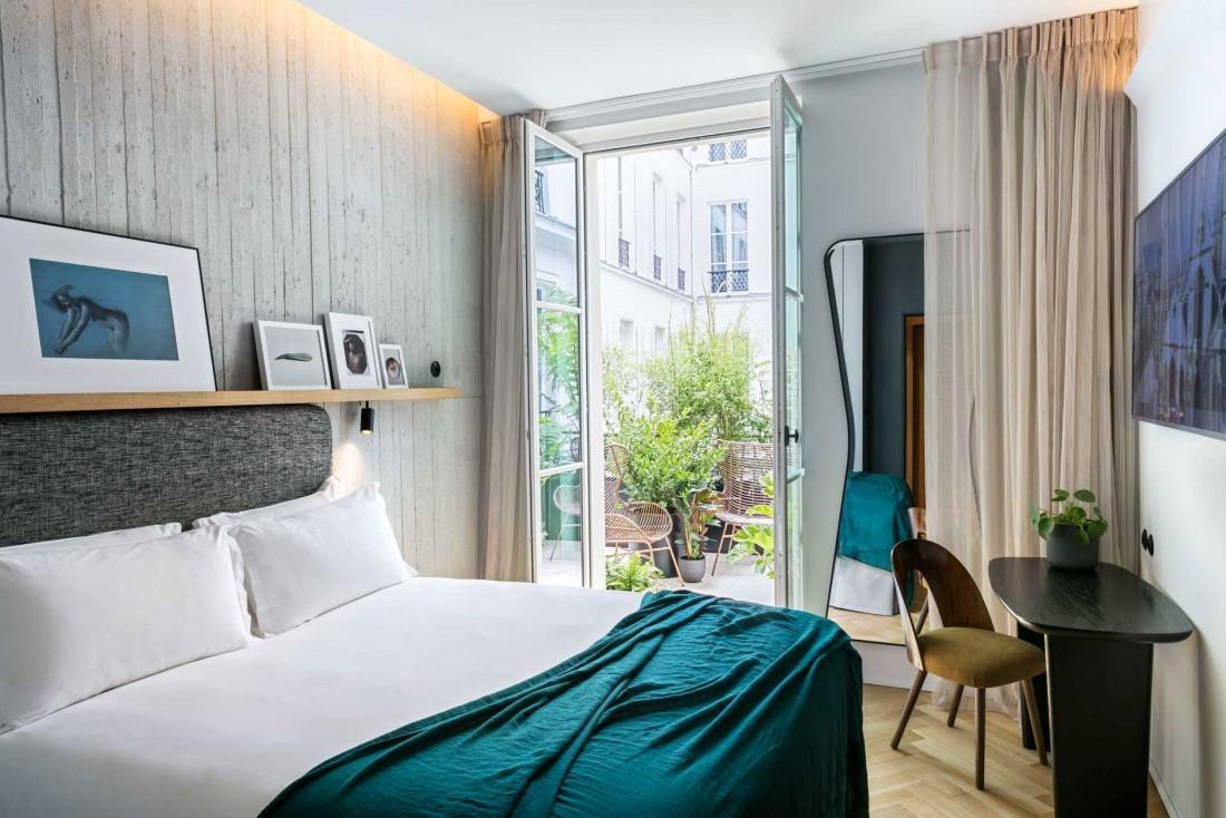 Hôtel National des Arts et Métiers, chambre avec balcon ©Jérôme Galland.