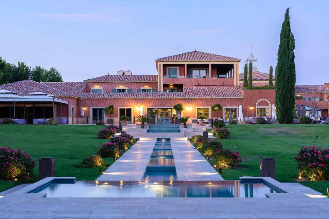 L'Hôtel & Spa du Castellet abrite également le restaurant 3-étoiles Michelin de Christophe Bacquié © Star Garden